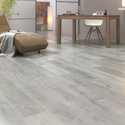 Finfloor original ac5 8 mm roble titanio bricoteo for Parquet laminado ac5